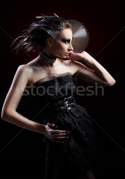 Lány körkörös fűrész portré gyönyörű lány madár Stock fotó © zastavkin