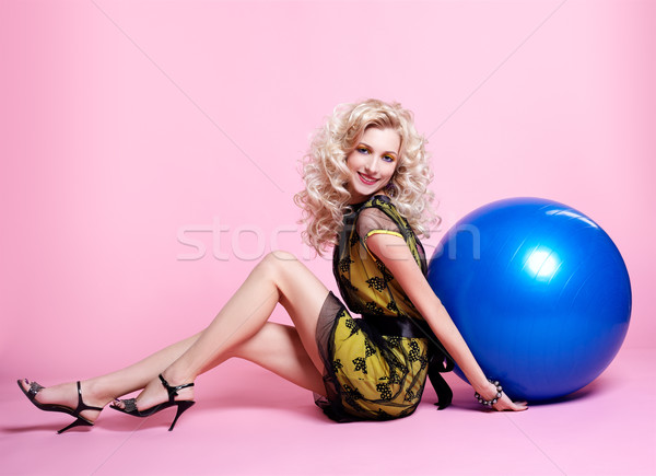 Fille ballons portrait belle séance Photo stock © zastavkin