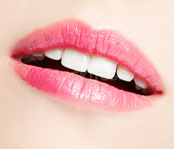 Ajkak smink testrész portré gyönyörű fiatal nő Stock fotó © zastavkin