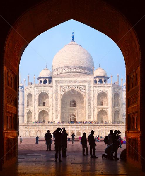Photo stock: Taj · Mahal · touristes · ciel · bâtiment · silhouette · architecture