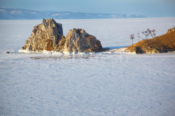 Rock île lac hiver temps ciel Photo stock © zastavkin