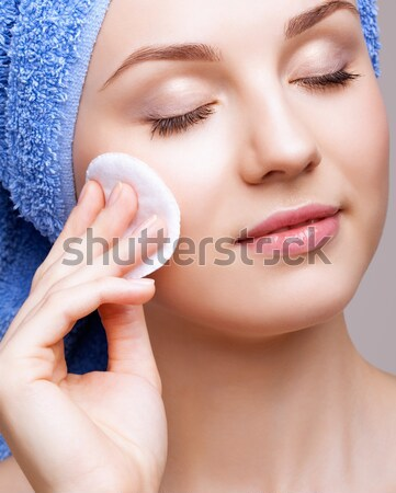 молчание прическа портрет красивой брюнетка девушки Сток-фото © zastavkin