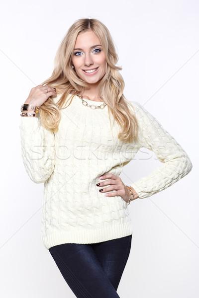 девушки свитер изолированный мнение улыбка Сток-фото © zastavkin