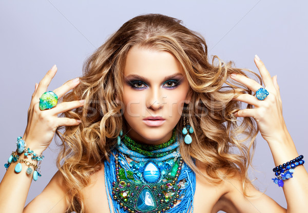 женщину бижутерия портрет красивой волос Сток-фото © zastavkin