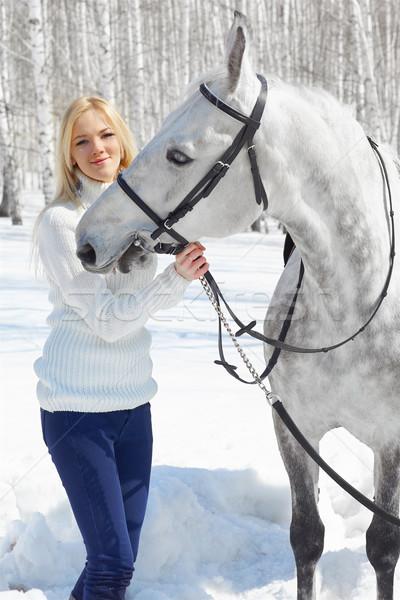 Beautiful girl cavalo ao ar livre retrato belo Foto stock © zastavkin