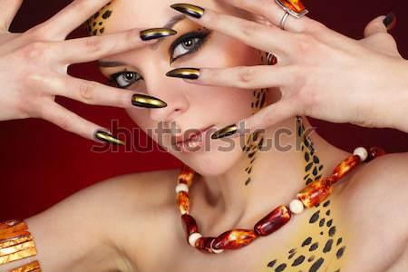 Belle manucure portrait jeunes brunette Photo stock © zastavkin