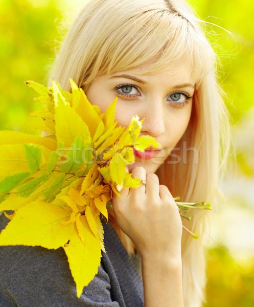 женщину осень желтый осень клен листьев Сток-фото © zastavkin