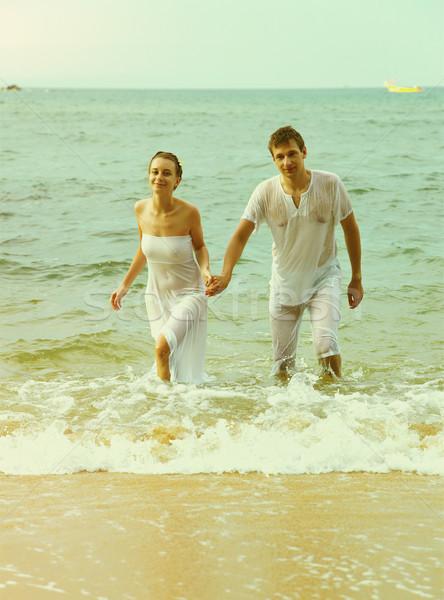 Instagram vintage casal praia retrato ao ar livre Foto stock © zastavkin