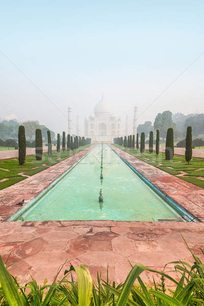 Photo stock: Taj · Mahal · Inde · misty · matin · caché · pâle