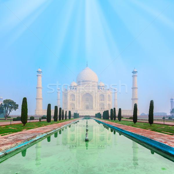 Taj Mahal Indië stralen zon bleek ochtend Stockfoto © zastavkin