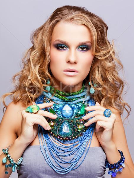 женщину бижутерия портрет красивой вьющиеся волосы Сток-фото © zastavkin