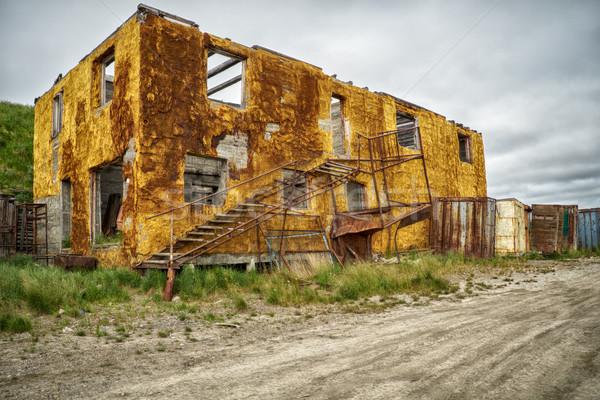 öreg elpusztított épület észak út szín Stock fotó © zastavkin