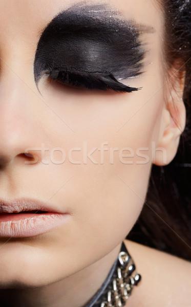 Avvoltoio ragazza primo piano ritratto bella ragazza uccello Foto d'archivio © zastavkin