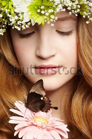 Belle fille papillon portrait belle saine Photo stock © zastavkin