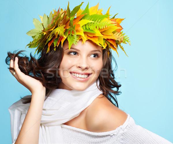 Menina outono grinalda retrato belo feliz Foto stock © zastavkin