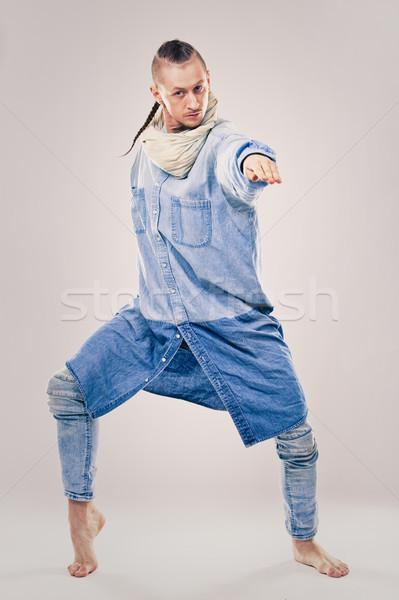 Masculino contemporâneo hip hop dançarina brim caucasiano Foto stock © zdenkam