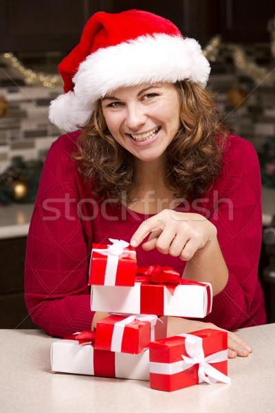 Nő karácsony boldog visel kalap konyha Stock fotó © zdenkam