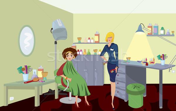 Salão de beleza profissional pente cliente verde robe Foto stock © Zebra-Finch