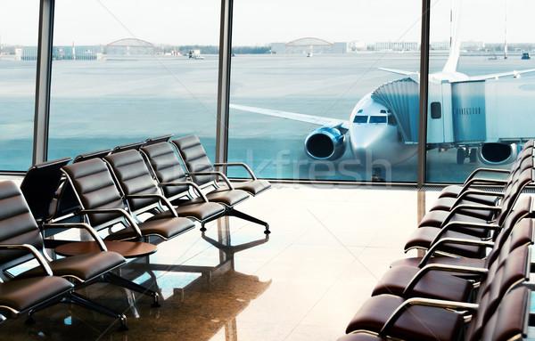 Vista aeropuerto sala embarque negocios cielo Foto stock © zeffss