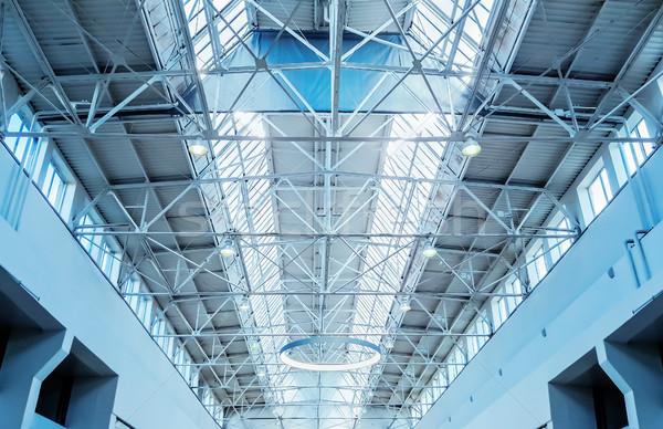 Dakraam venster bouwkundig dak business gebouw Stockfoto © zeffss