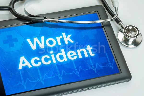 Tablet testo lavoro incidente display computer Foto d'archivio © Zerbor
