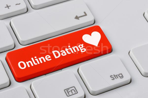 Teclado vermelho botão on-line namoro coração Foto stock © Zerbor