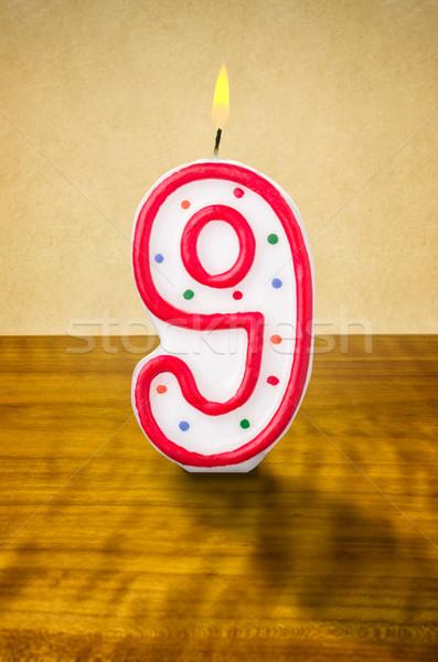 Brûlant anniversaire bougie nombre bois signe Photo stock © Zerbor