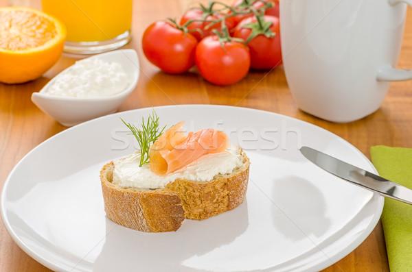 Baguette salmón desayuno mesa pan queso Foto stock © Zerbor