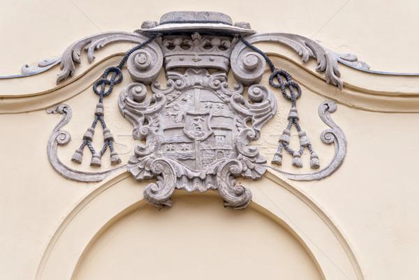 древних пальто оружия дома стены корона Сток-фото © Zhukow
