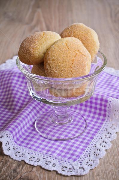 Biscoitos bolinhos raio mentiras vidro vaso Foto stock © zia_shusha