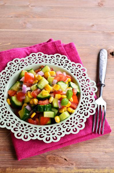 Salada legumes frescos cerâmico prato saúde verão Foto stock © zia_shusha