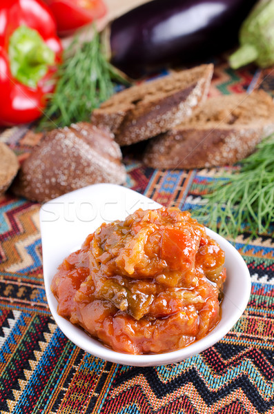 Caviale vegetali rosso colore verdura ceramica Foto d'archivio © zia_shusha