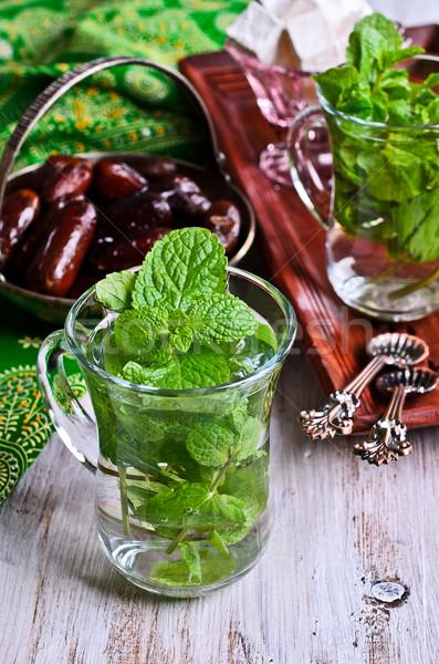 Chá de tradicional folhas vidro Foto stock © zia_shusha
