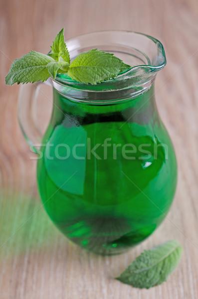 De xarope transparente verde beber vidro Foto stock © zia_shusha