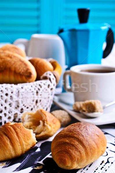 Croissant tabela café pão beber Foto stock © zia_shusha