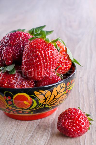 Morangos vermelho maduro superfície comida Foto stock © zia_shusha