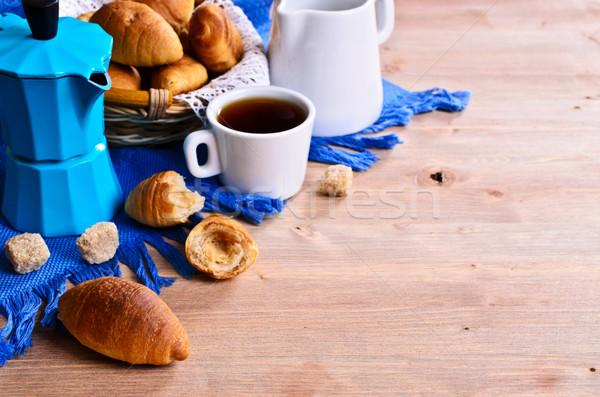Croissant tabel koffie brood drinken Stockfoto © zia_shusha