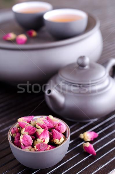Kurutulmuş gül kullanılmış çay ahşap Stok fotoğraf © zia_shusha