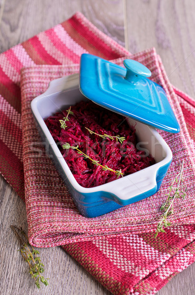 Salade céramique bol serviette rouge déjeuner Photo stock © zia_shusha