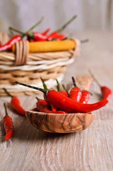 Pimenta de caiena pimenta vermelho fresco superfície Foto stock © zia_shusha