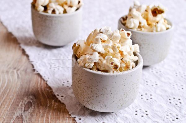 Popcorn gekookt klaar verbruik voedsel Stockfoto © zia_shusha