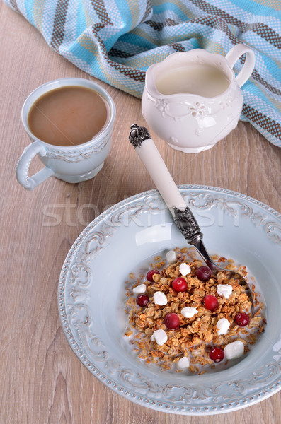Granola alimentaire avoine bleu plaque alimentaire Photo stock © zia_shusha