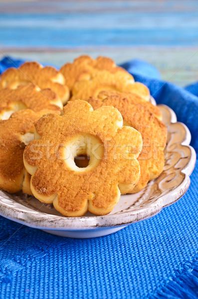 Tereyağı bisküvi biçim çiçek kahverengi renk Stok fotoğraf © zia_shusha
