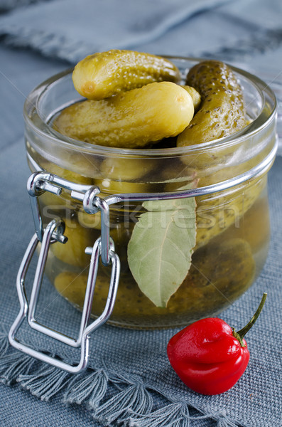Pickles vert transparent verre jar alimentaire Photo stock © zia_shusha