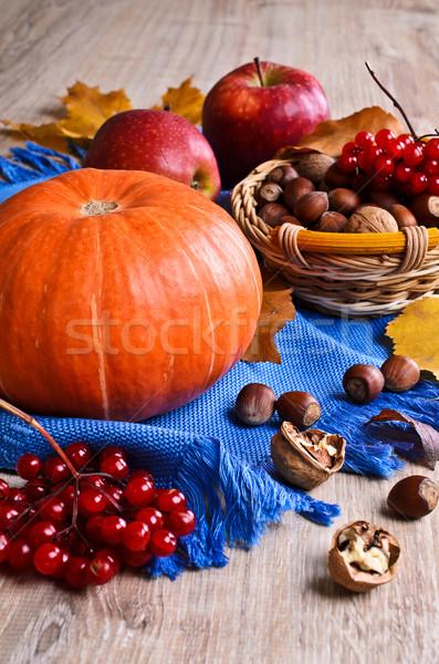 ストックフォト: カボチャ · オレンジ · ナッツ · リンゴ · 液果類