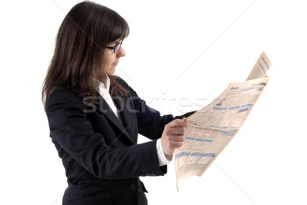 Notícia mulher de negócios leitura financiar jornal isolado Foto stock © zittto