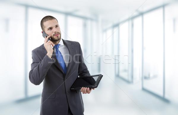 Genç işadamı ofis bilgisayar Internet Stok fotoğraf © zittto
