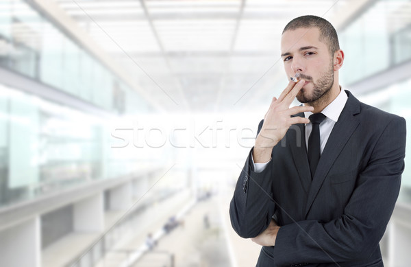 Fumeur affaires fumer bureau homme portrait Photo stock © zittto