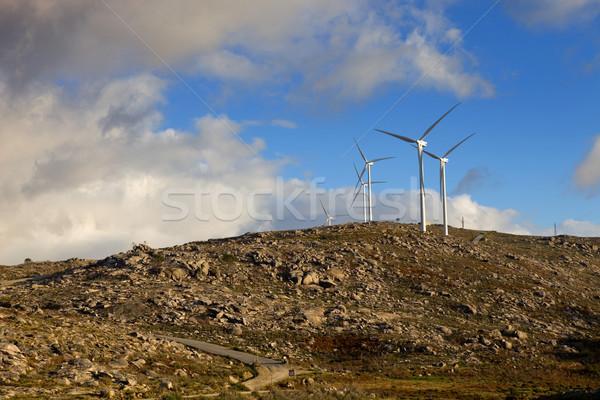 白 風力タービン 先頭 山 自然 緑 ストックフォト © zittto