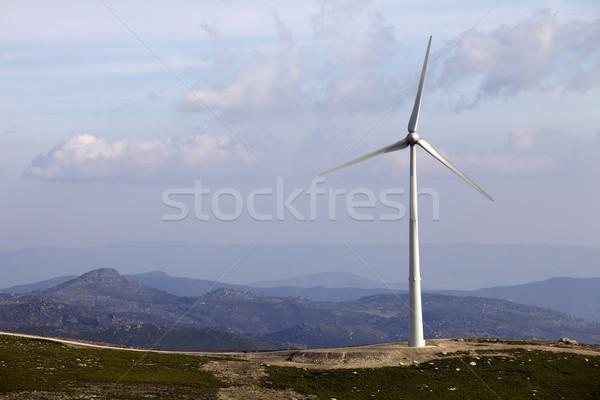 Turbina fehér szélturbina felső hegy kék Stock fotó © zittto